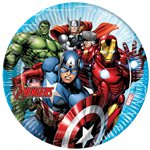 Avengers-paper-plates-from--cosmos-party-supplies