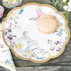 Truly-fairy-plate-from-Cosmos-party-boxes