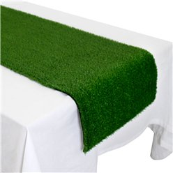 Grass-plastic-runner-from-Cosmos-party-boxes